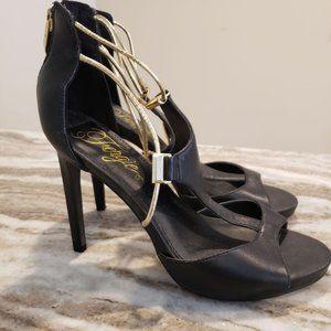 Fergie Sandals heels gold black